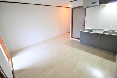 【洋室】オレンジハウス八尾壱番館