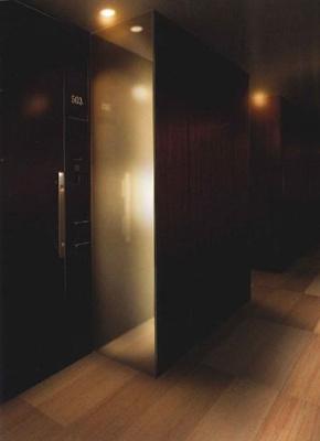 内廊下(ホテル仕様)