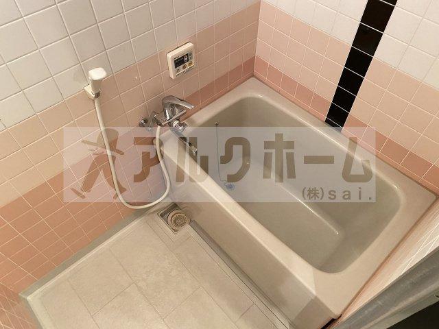 【洋室】ロイヤルパレス法善寺