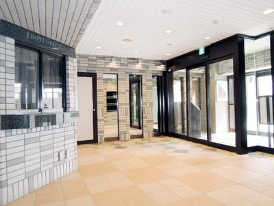【エントランス】ラビスタ宝塚ウエストウイング3番館