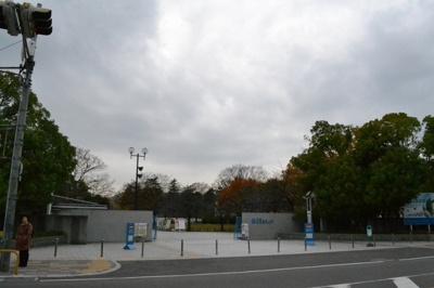 【周辺】大阪府立大学正門前ビル