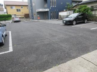 広々とした駐車場がありますので運転が苦手な方にも嬉しいですね♪