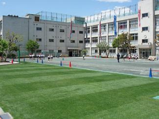 中富小学校