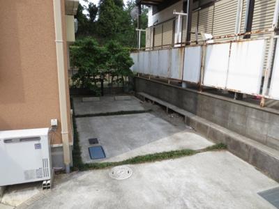 【駐車場】ファミーユ3号棟