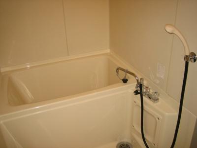 【浴室】レジデンス八日町