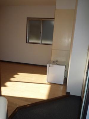 【玄関】パーソナル20号館