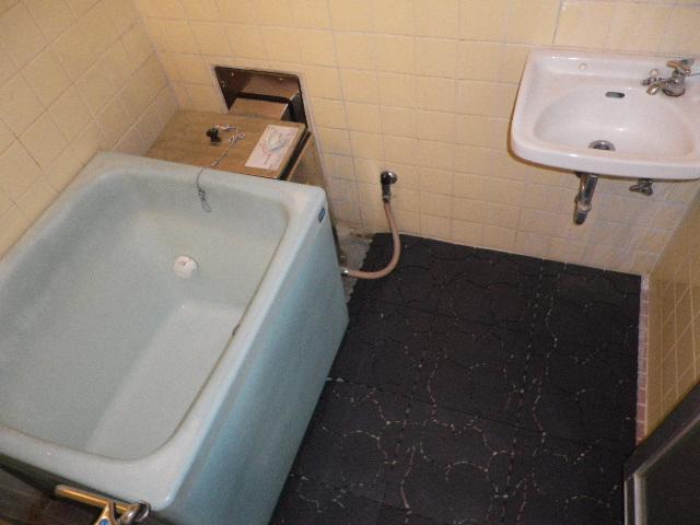 【浴室】ホワイトコーポラス