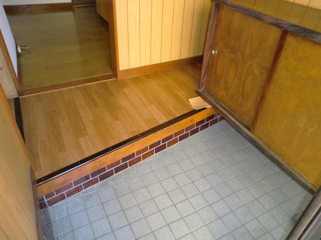 【玄関】新井町橋本塗装一戸建て