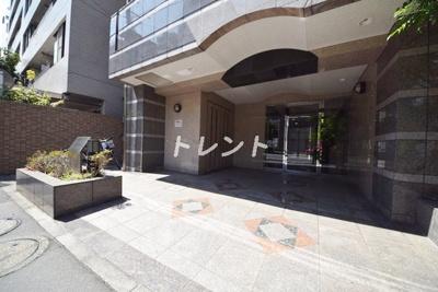 【エントランス】パークウェル神楽坂弐番館
