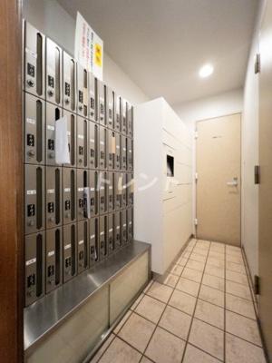 【玄関】フリーディオ神楽坂
