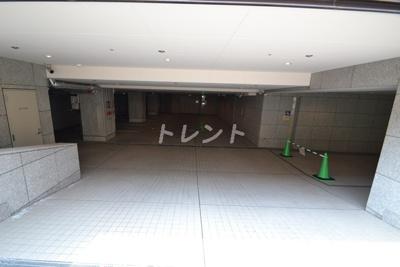【エントランス】パレスビュー四番町
