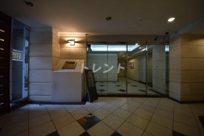 【エントランス】デュオスカーラ神楽坂タワー