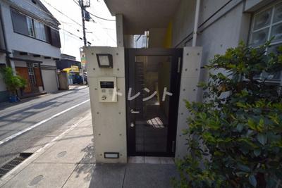 【エントランス】アーク神楽坂