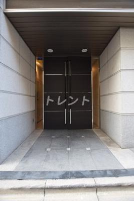 【エントランス】コンフォリア神田神保町