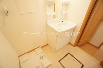 【洗面所】カーサ・大井A