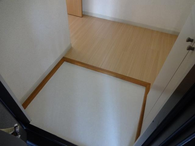 【玄関】ハイツスバル