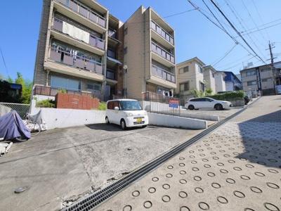 【駐車場】富士マンション
