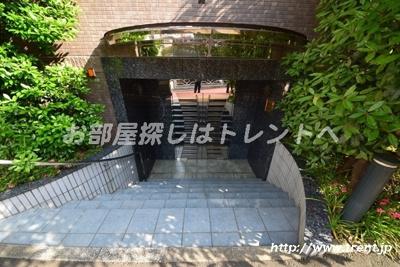 【エントランス】ブルーガーデン小石川