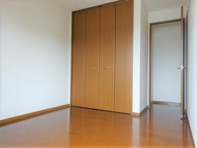 2階洋室5帖
