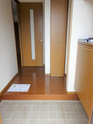 【玄関】ヴィラけやき3