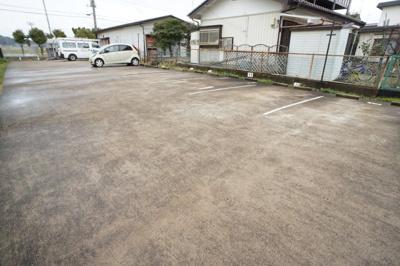 【駐車場】ウッディパレスフジB