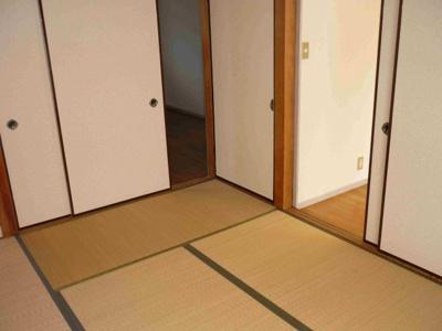 ご入居時には畳表替えを施工します