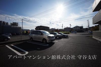【駐車場】オーキッドブルー