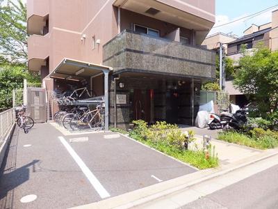 駐輪場・駐車場・バイク置場