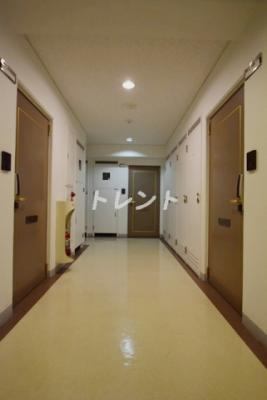 【エントランス】カーサグランデ本郷