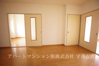 【居間・リビング】ツリーベルヒルズ