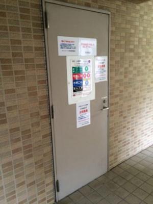 ステージファースト恵比寿東のごみステーションです。
