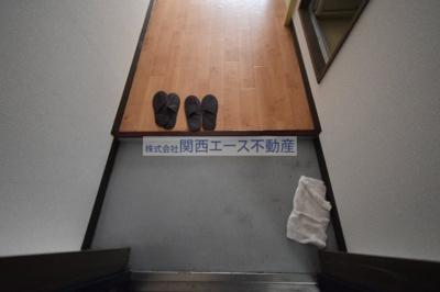 【玄関】プレアール小阪