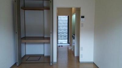 アーバンライフの洋室