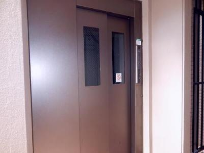 エレベータ