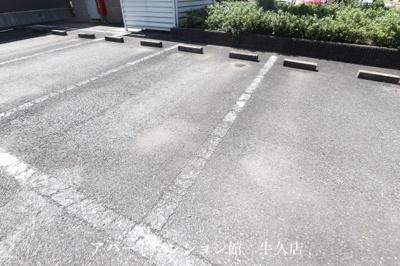 【駐車場】エルクレールB