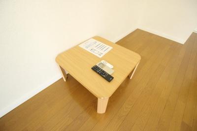ローテーブル付き