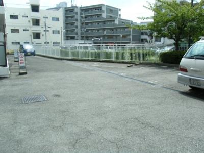 【駐車場】パークマンション渡邊