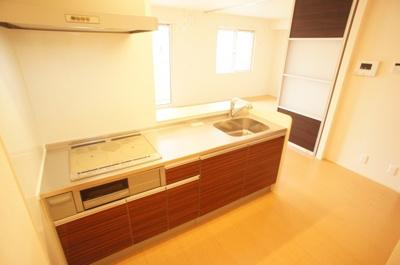 ★グリル付きキッチンは収納力もあります