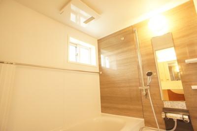 ★浴室乾燥機で雨の日も乾かせます