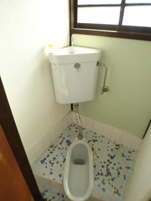 【トイレ】カラーズビンテージ高取山の家