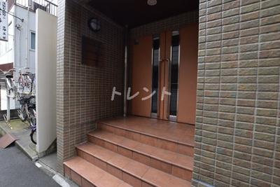 【エントランス】シンシア本郷三丁目