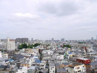 お部屋は11階、眺望最高です。東京スカイツリーもみえます。
