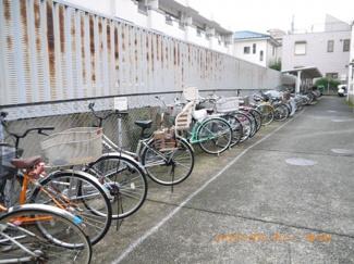 駐輪場があるので、サイクリング楽しんでください。