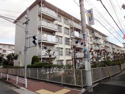 【外観】逆瀬台住宅2号棟