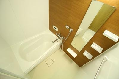 【浴室】ルナガーデン