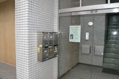 【エントランス】K&Sビル1階