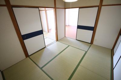 【寝室】フォーラム城ヶ岡 壱番館