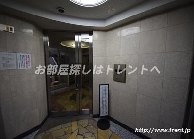 【エントランス】フォレストコート本郷菊坂