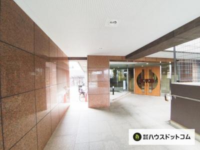 【エントランス】ドラゴンマンション浦和常盤公園参番館