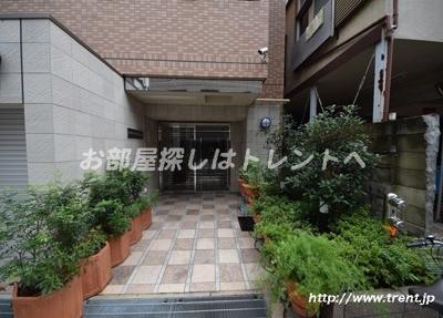 【エントランス】レジデンシャル本郷元町